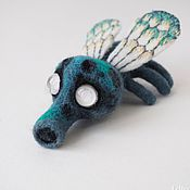 Куклы и игрушки ручной работы. Ярмарка Мастеров - ручная работа Валяная игрушка муха Бзззка. Handmade.