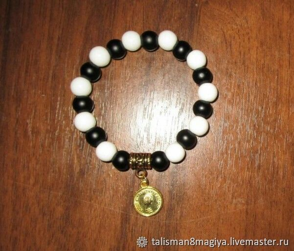 Bracelet with white agate and black agate with amulet on Finance,money, Bead bracelet, Moscow,  Фото №1