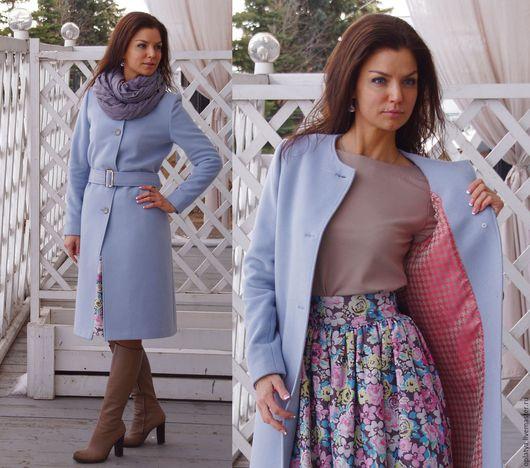 голубое пальто, стильное пальто, пальто по колено, кашемировое пальто, пальто из кашемира, демисезонное пальто, весеннее пальто, осеннее пальто, роскошное пальто, голубое пальто, стильное пальто,