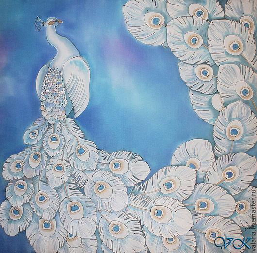 """Шали, палантины ручной работы. Ярмарка Мастеров - ручная работа. Купить Батик платок """"Белый павлин"""". Handmade. Голубой"""