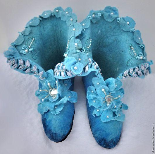 """Обувь ручной работы. Ярмарка Мастеров - ручная работа. Купить Тапочки валяные. Валенки для дома """"Маркиза"""". Handmade. Тапочки валяные"""