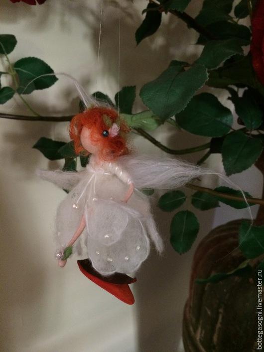 """Вальдорфская игрушка ручной работы. Ярмарка Мастеров - ручная работа. Купить Валяние Фея """"Сон в летнюю ночь"""". Handmade. Белый"""