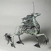 Подарки к праздникам ручной работы. Ярмарка Мастеров - ручная работа Лунный единорог Статуэтка (луна серебристый  черный ) лошадь. Handmade.
