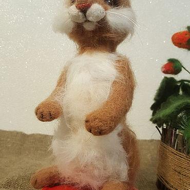 Куклы и игрушки ручной работы. Ярмарка Мастеров - ручная работа Игрушки: Осенний зайчик листопадничек. Handmade.