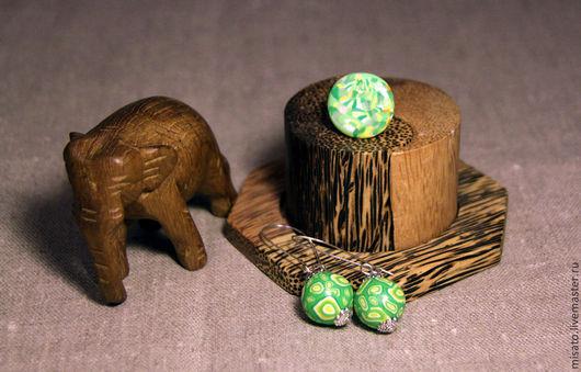 Комплекты украшений ручной работы. Ярмарка Мастеров - ручная работа. Купить Комплект кольцо и серьги.. Handmade. Ярко-зелёный