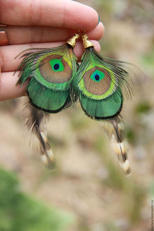 Серьги с перьями `Тень бабочки` Авторские серьги и другие украшения из перьев. Анастасия Николаева.
