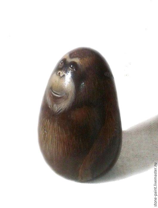 Роспись по камню ручной работы. Ярмарка Мастеров - ручная работа. Купить Природный камень с авторской росписью Большая обезьяна. Handmade.
