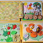 Куклы и игрушки ручной работы. Ярмарка Мастеров - ручная работа Развивающая книжка с белкой, пчелкой и пальчиковым театром. Handmade.