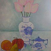 Гжель и тюльпаны