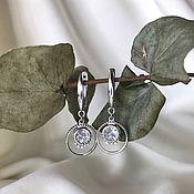 Серьги классические ручной работы. Ярмарка Мастеров - ручная работа Серебряные висячие серьги круглой формы. Handmade.