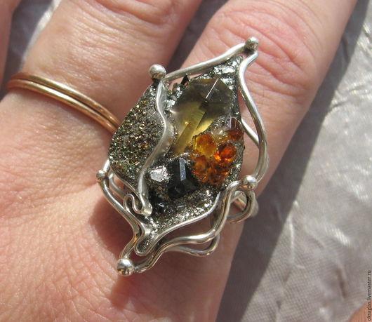 """Кольца ручной работы. Ярмарка Мастеров - ручная работа. Купить Кольцо """"Каменный Цветок"""". Handmade. Комбинированный, кристаллы в оправе, цитрины"""