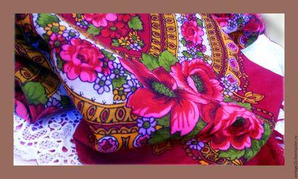 Винтажная одежда и аксессуары. Ярмарка Мастеров - ручная работа. Купить Бабушкин платок шерсть красный 65 год. Handmade. Ярко-красный