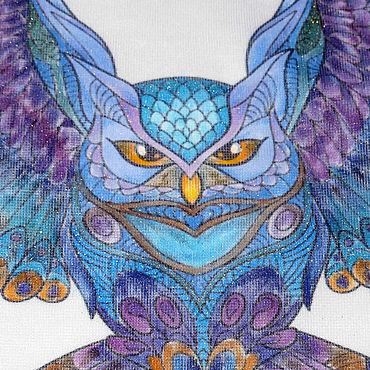 """Одежда ручной работы. Ярмарка Мастеров - ручная работа """"Очарование на крыльях"""" рисунок совы на женской белой футболке. Handmade."""