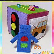 """Куклы и игрушки ручной работы. Ярмарка Мастеров - ручная работа Кубик Развивающий № 10 """"Мой друг - Робот"""". Handmade."""