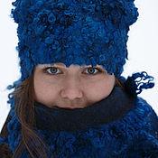 Аксессуары ручной работы. Ярмарка Мастеров - ручная работа Комплект шапка и шарф Ярко-синий. Handmade.