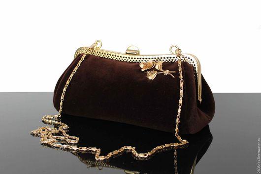 """Женские сумки ручной работы. Ярмарка Мастеров - ручная работа. Купить """"Pattes de Velours"""" бархатная сумочка, коричневая сумочка, брошь. Handmade."""