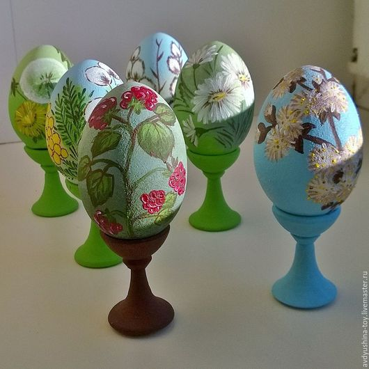 Летние мотивы на пасхальных яйцах