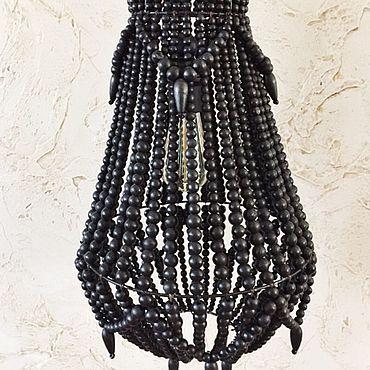Освещение ручной работы. Ярмарка Мастеров - ручная работа Люстра из деревянных бусин чёрная. Handmade.