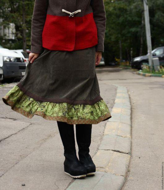 """Юбки ручной работы. Ярмарка Мастеров - ручная работа. Купить Вельветовая юбочка """"зеленая"""". Handmade. Юбка из вельвета, юбка с птичкой"""