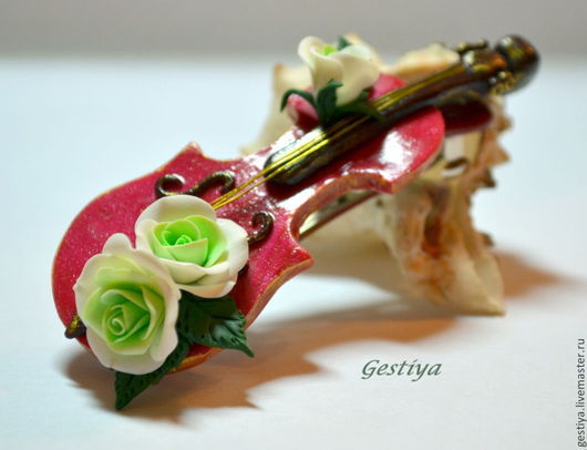 """Заколки ручной работы. Ярмарка Мастеров - ручная работа. Купить """"Волшебная скрипка"""" заколка-автомат. Handmade. Ярко-красный, скрипка"""