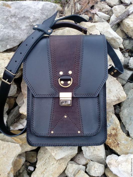 Мужские сумки ручной работы. Ярмарка Мастеров - ручная работа. Купить Кожаная мужская сумка формата А-4  № 7. Handmade.