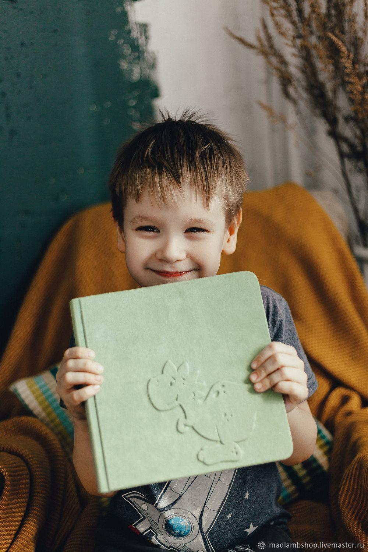 Фотоальбом на первый год жизни, Фотоальбомы, Кемерово,  Фото №1