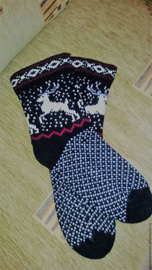 Носки, Чулки ручной работы. Ярмарка Мастеров - ручная работа. Купить Вязаные шерстяные носки ручной работы со скандинавским орнаментом. Handmade.
