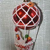 Подарки к праздникам ручной работы. Ярмарка Мастеров - ручная работа Авторская игрушка к году Петуха «На воздушном шаре». Handmade.
