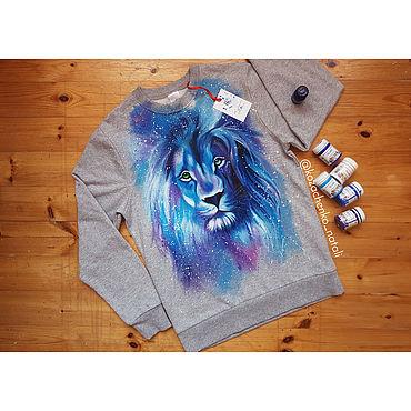 Clothing handmade. Livemaster - original item Sweatshirts: Sweatshirt with hand-painted lion. Handmade.