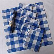 Набор салфеток из льна в голубую клеткус отделкой кружевом.