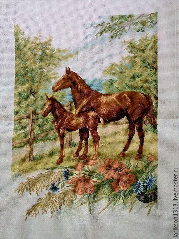 Лошадь с жеребенком вышивка крестом