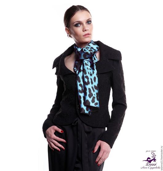 Дизайнер Анна Сердюкова (Дом Моды SEANNA). Дизайнерский шелковый шарф `Бирюзовый леопард`. Размер шарфа - 45х140 см.  Цена - 3500 руб.