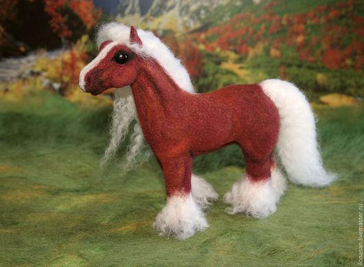 """Игрушки животные, ручной работы. Ярмарка Мастеров - ручная работа. Купить Лошадь Тала породы """"тинкер"""". Handmade. Бордовый"""