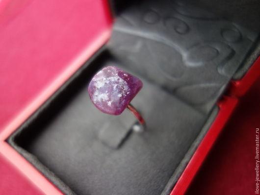 """Кольца ручной работы. Ярмарка Мастеров - ручная работа. Купить """"Salvadori"""" - серебряное кольцо 19 разм. с крупным диким рубином. Handmade."""