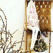 Полки ручной работы. Ярмарка Мастеров - ручная работа Настенная полочка с плетением макраме.. Handmade.