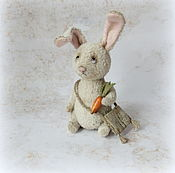 Мягкие игрушки ручной работы. Ярмарка Мастеров - ручная работа Зайчишка. Handmade.