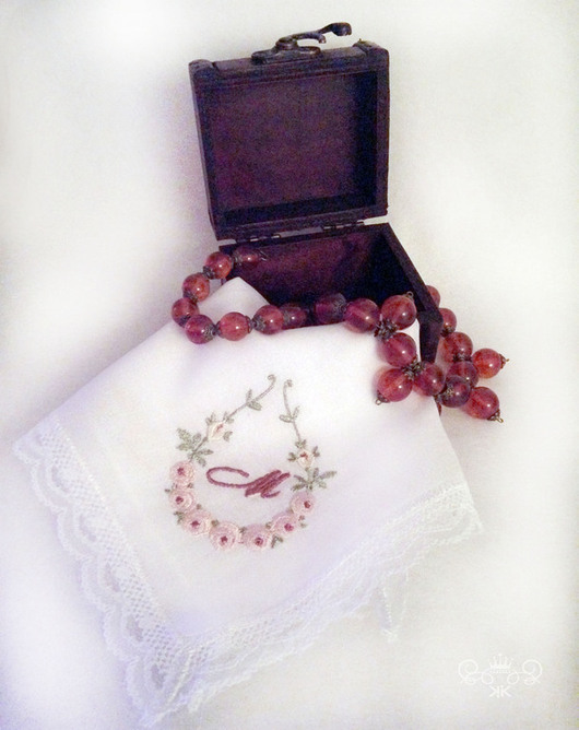Носовые платочки ручной работы. Ярмарка Мастеров - ручная работа. Купить Носовой платок женский из батиста кружево  монограмма. Handmade.
