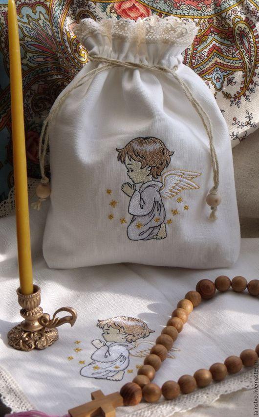 """Персональные подарки ручной работы. Ярмарка Мастеров - ручная работа. Купить Мешочек с салфеткой для святынь """"Молитва""""- подарок на крещение. Handmade."""