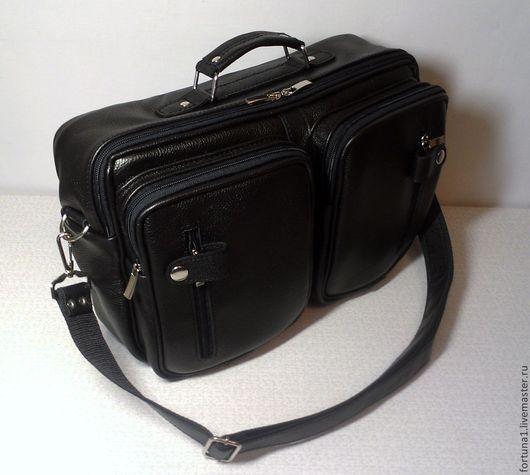 Мужские сумки ручной работы. Ярмарка Мастеров - ручная работа. Купить Сумка кожаная мужская 126. Handmade. Черный