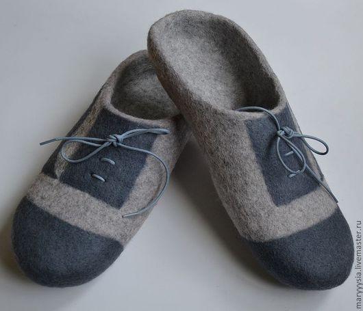 Обувь ручной работы. Ярмарка Мастеров - ручная работа. Купить тапочки-шлепки для мужчин. Handmade. Мокрое валяние, тапочки домашние