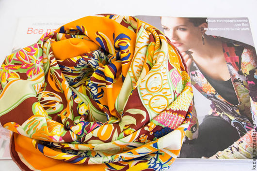 """Шали, палантины ручной работы. Ярмарка Мастеров - ручная работа. Купить Шелковый платок из ткани HERMES """"Колесо времени"""". Handmade."""