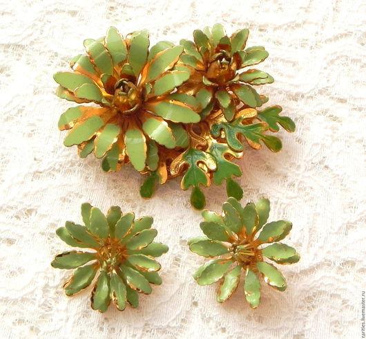Винтажные украшения. Ярмарка Мастеров - ручная работа. Купить Набор Хризантемы,винтажная брошь,клипсы,цветы,цветочки,винтаж,подарок. Handmade.