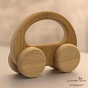 Игрушки-каталки ручной работы. Ярмарка Мастеров - ручная работа Игрушечная деревянная машинка. Handmade.