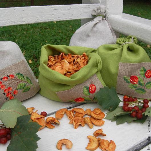 Кухня ручной работы. Ярмарка Мастеров - ручная работа. Купить Набор льняных мешочков для сухих трав и ягод. Handmade. Разноцветный