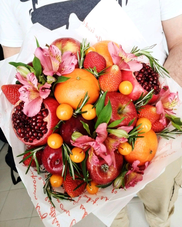 Пермь букеты из фруктов, белых роз