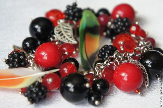 """Браслеты ручной работы. Ярмарка Мастеров - ручная работа. Купить Браслет """"Лесные ягоды"""". Handmade. Разноцветный, ягоды, смородина"""