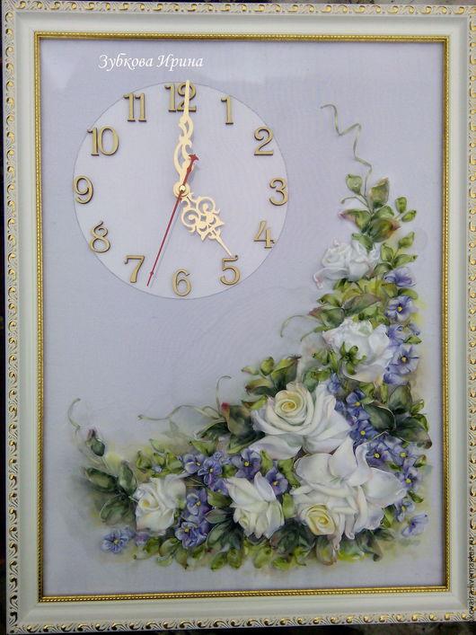 """Часы для дома ручной работы. Ярмарка Мастеров - ручная работа. Купить Часы, вышитые лентами  """"Нежность"""". Handmade. Белый"""