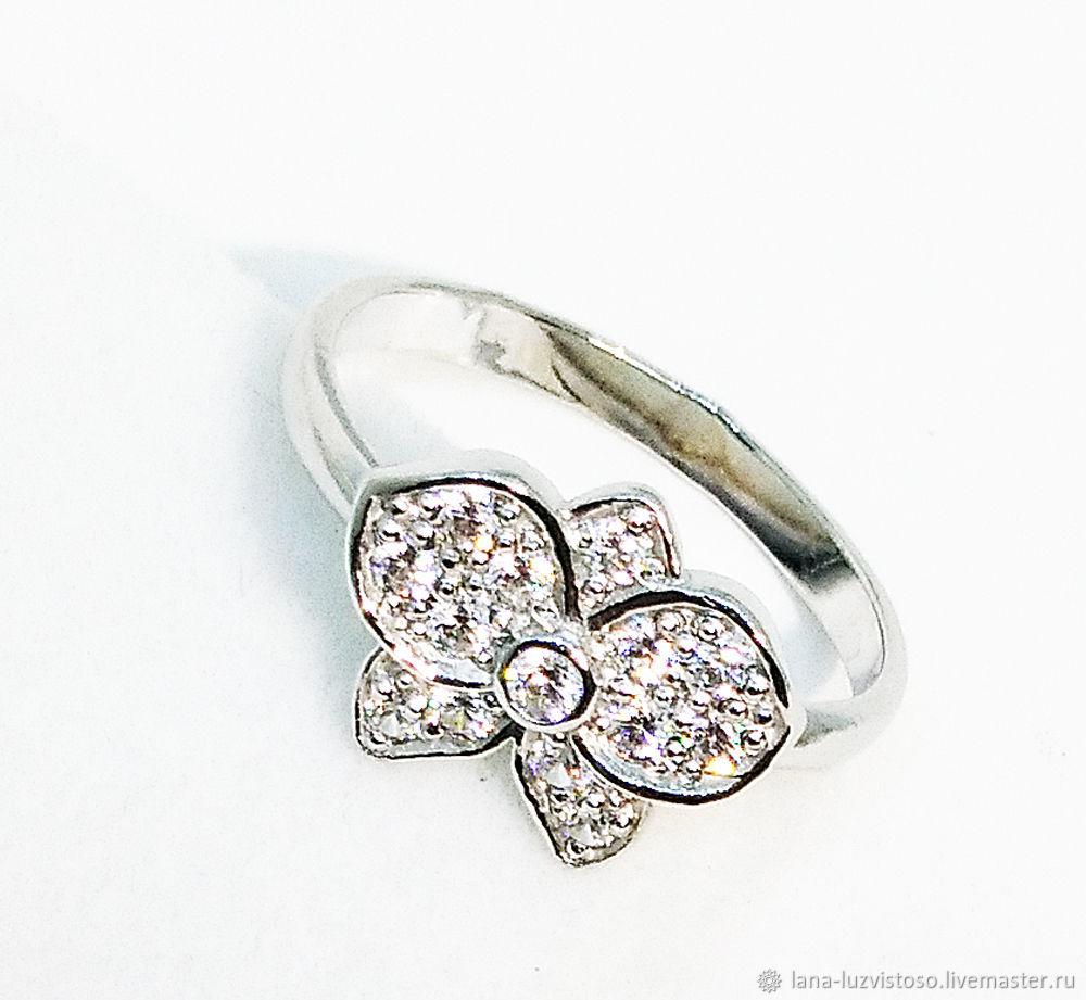 Кольцо из серебра с фианитами №8 (серебро 925 пробы)