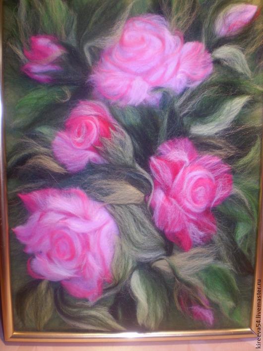 Натюрморт ручной работы. Ярмарка Мастеров - ручная работа. Купить Картина из шерсти Розы в саду. Handmade. Разноцветный, интерьерная картина