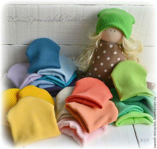 Одежда для кукол ручной работы. Ярмарка Мастеров - ручная работа. Купить Шапочки трикотажные для кукол. Handmade. Разноцветный, хлопок 100%
